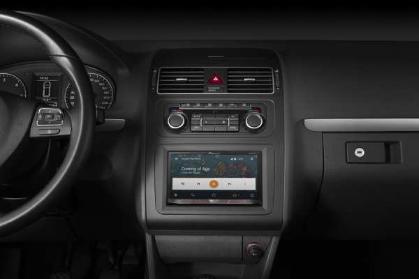 PIONEER CONNECTED CAR1
