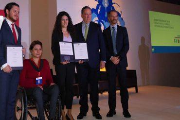 """El foro inició con la firma del """"Convenio por la Empleabilidad de Jóvenes con Discapacidad"""