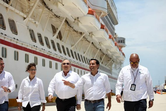 cruceristas, consolidando la posición de Yucatán en el mercado internacional de cruceros.