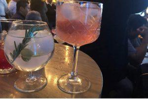 los hielos regulares; con ello, los consumidores podrán disfrutar bebidas frías durante más tiempo y sin diluir su sabor