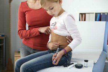 recomendaciones-para-el-cuidado-de-la-diabetes-de-los-niños.jpg