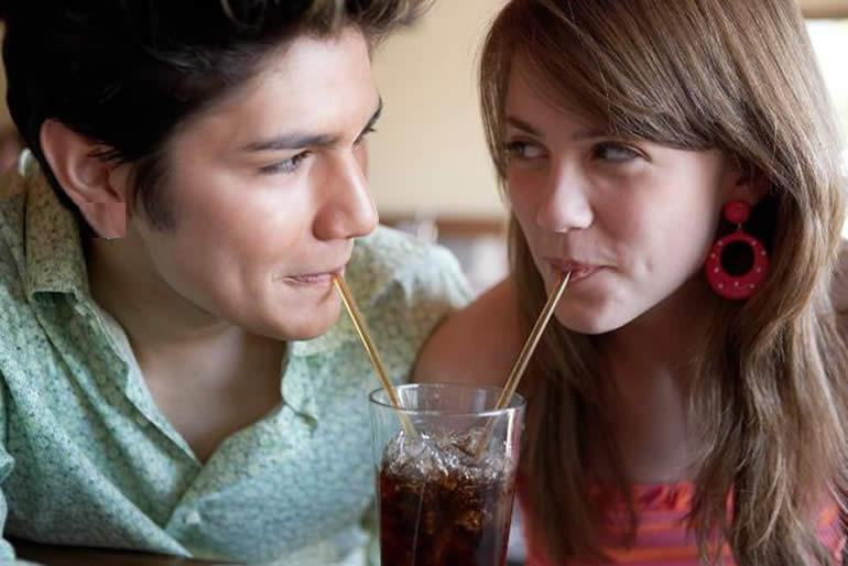 aplica-la-industria-mexicana-de-coca-cola-nuevo-etiquetado1.jpg