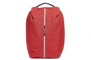 samsonite-lanza-nueva-mochila-fabricada-con-pet-reciclado2.jpg